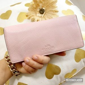 💖OFFERS??💖•Coach• Blush Pink Wallet